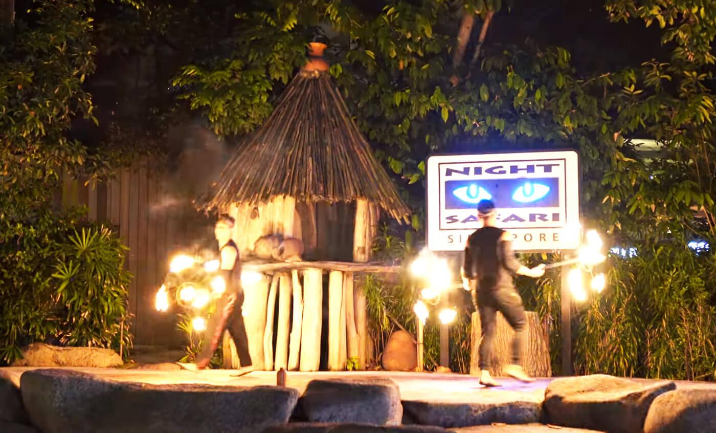 新加坡动物园火焰表演