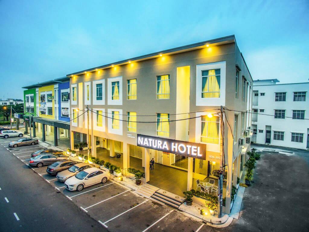 柔佛新山住宿 Natura Hotel