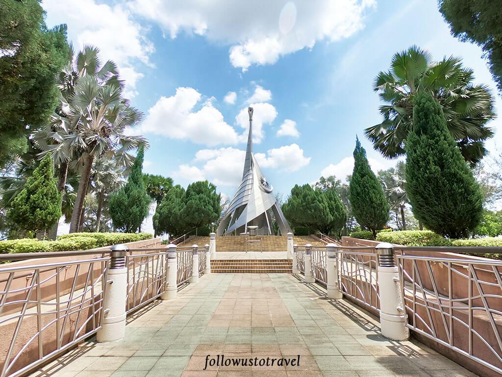 布城景点Mercu Tanda Putrajaya Laman Perdana